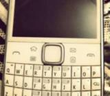 WHITE Nokia E6-00 mint condition touch screen